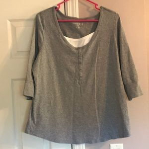 2/$10 Gray and White Fashion Bug Top